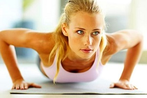 Какие упражнения можно выполнять женщинам для укрепления груди