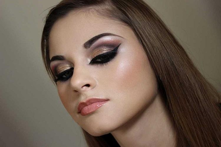 Варианты восточного макияжа для зеленых глаз с фото