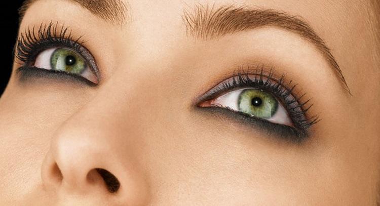 Вечерний макияж для зеленых глаз - нюансы нанесения