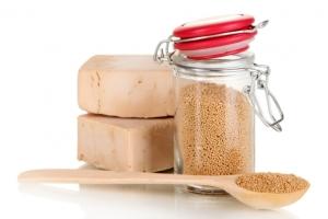 Маски для волос в домашних условиях: рецепт с дрожжами