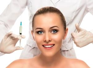 Преимущества контурной пластики лица по сравнению с пластической хирургией