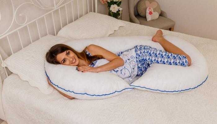 Подушка для беременных в форме рогалика