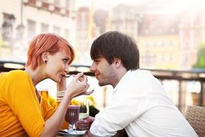 Признаки влюбленности мужчины Рака и как вести себя, чтобы удержать
