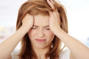Стрессы способствуют появлению купероза, который требует лечения кремами