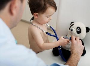 При нехватке витаминов ребенок становится вялым и неактивным