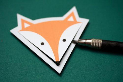 Interesnyie-idei-zakladok-dlya-knig-svoimi-rukami-500x334 Закладка-уголок из бумаги для книг (оригами): как сделать своими руками