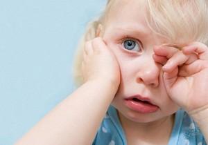 Чем снять зубную боль у ребенка - несколько эффективных рецептов