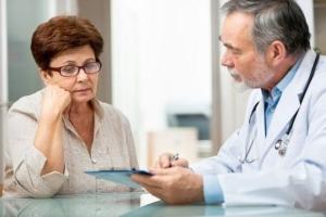 Когда нужна консультация врача при отклонениях от нормы холестерина у женщин?