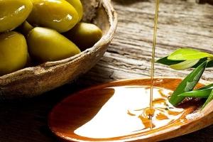 Противопоказания и побочные эффекты использования оливкового масла для волос
