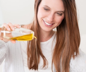 Показания к применению оливкового масла для волос