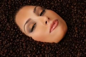 Что нельзя есть и пить при пониженном гемоглобине у женщин?