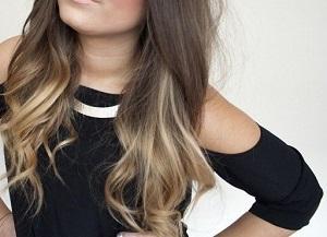 Фото девушка в черной кофточке