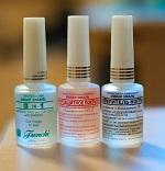 Какие существуют виды противогрибкового лака для ногтей