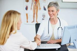 Гормон андростендион повышен у женщин: к какому врачу обратиться за помощью?