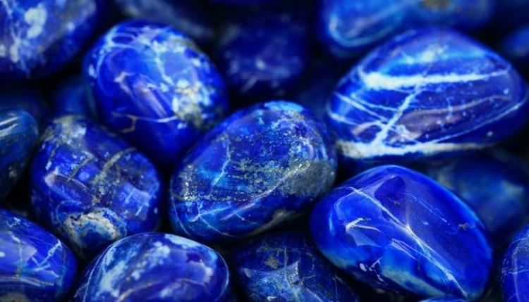 О камне лазурит и его магических свойствах для женщины знака Весы