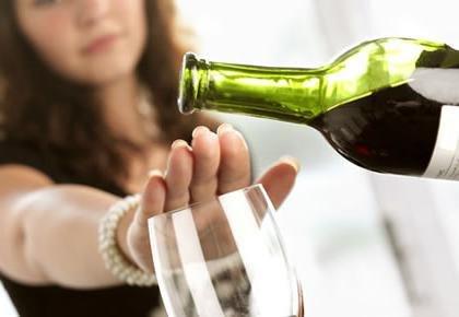 Как бороться с алкоголизмом женщины