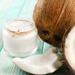 Как правильно наносить кокосовое масло на волосы: советы и рекомендации