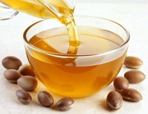 Польза и полезные свойства арганового масла для волос