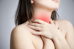 Симптомы рака горла и гортани у женщин