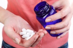Симптомы рака горла и гортани у женщин: что нельзя делать?