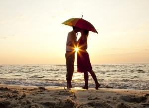 Мужчина Водолей и женщина Водолей: какова совместимость в любви по гороскопу?