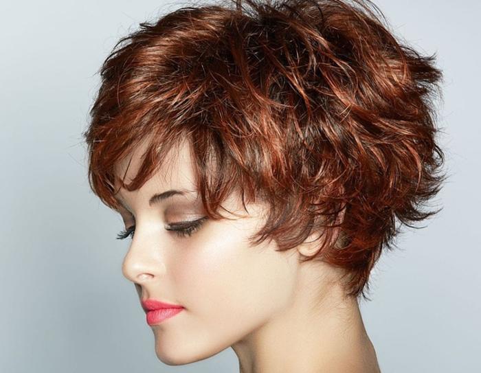 Колорирование на темные волосы, короткая стрижка, фото