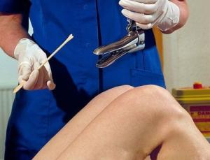 Как выявить вирус папилломы человека у женщин, к какому врачу обращаться?