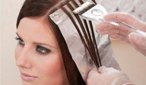 Выполнение мелирования темных волос в домашних условиях