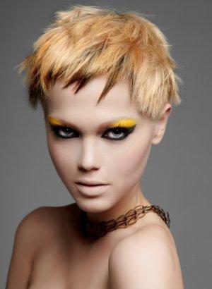 Кому подходит блочное окрашивание волос