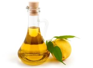 Окрашивает ли светлые волосы оливковое масло, осветляет ли?
