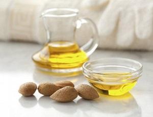 Полезные свойства миндального масла для волос и содержание в нем целебных веществ
