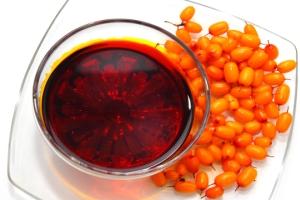 Облепиховые свечи и масло при эрозии шейки матки: эффективны ли для лечения?