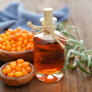 Облепиховое масло для волос: польза, способы самостоятельного изготовления