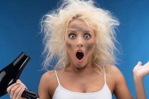 Масло для сухих и поврежденных волос: есть ли эффект от применения?
