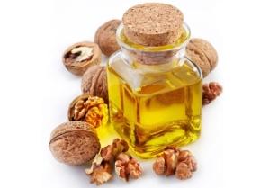 Масло грецкого ореха для волос: свойства и польза продукта