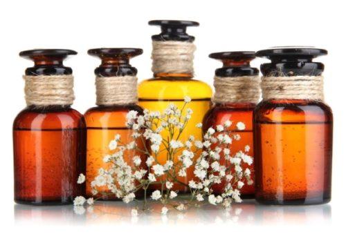 Масла для сухих и поврежденных волос: как действуют, какое лучше купить в аптеке и магазине, как применять?