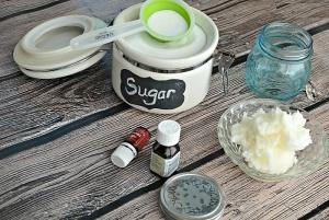 Скраб из сахара, меда и других ингредиентов для лица: рецепт питательного
