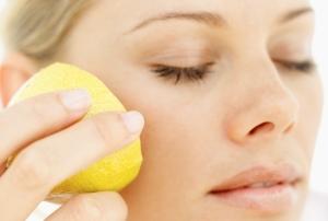 Отбеливающие пилинги: домашний рецепт с лимоном