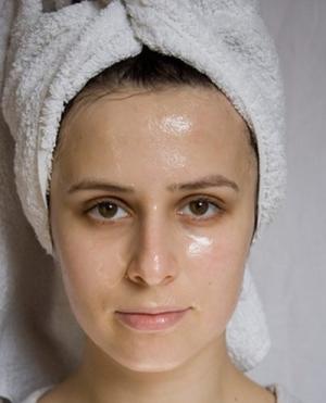 Пилинг для жирной кожи лица: показания и противопоказания