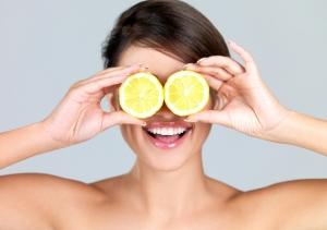 Пилинг лимоном: домашний рецепт с миндалем и сметаной