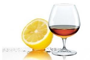 Отбеливающие пилинги: домашний рецепт с лимоном и коньяком