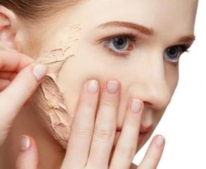 Процедура пилинга кожи лица: частота проведения
