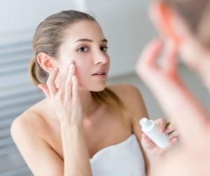 Процедура пилинга кожи лица: этапы проведения дома