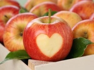 Состав и полезные свойства яблок для масок для лица