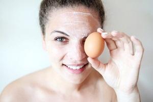 Действие и эффективность масок для лица из яиц
