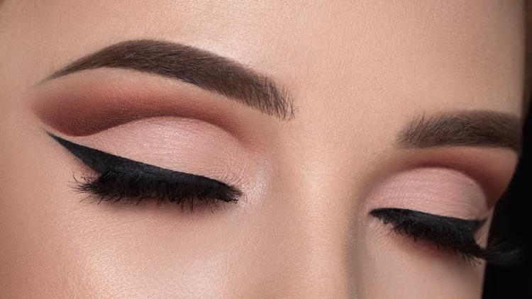 Свидание: как накрасить глаза