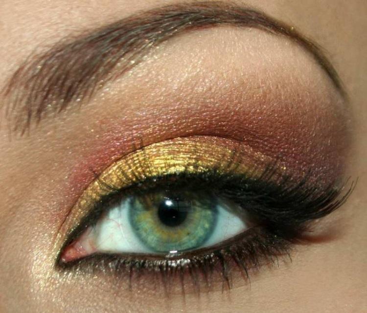 Зеленый глаза: вечерний макияж