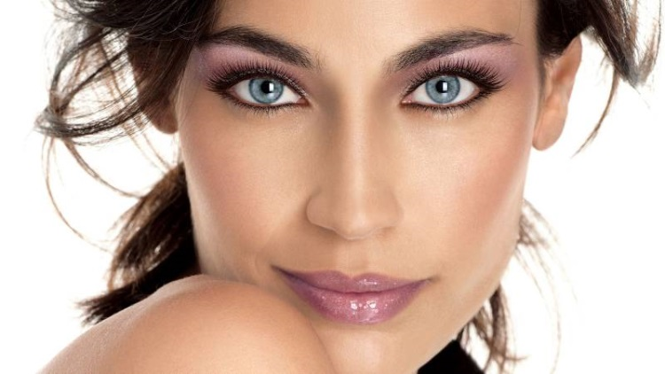 Серые глаза: как правильно накрасить