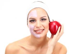 Увлажняющая маска для лица из яблок