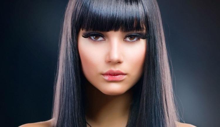 Прямые волосы: секреты укладки